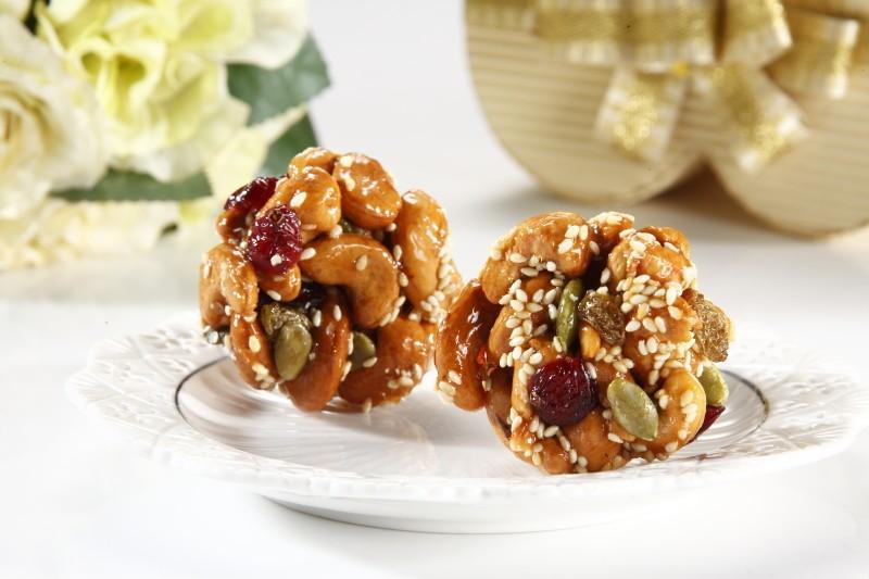 Wei甜/【芒果杏仁乾】歐伊西的酥脆感